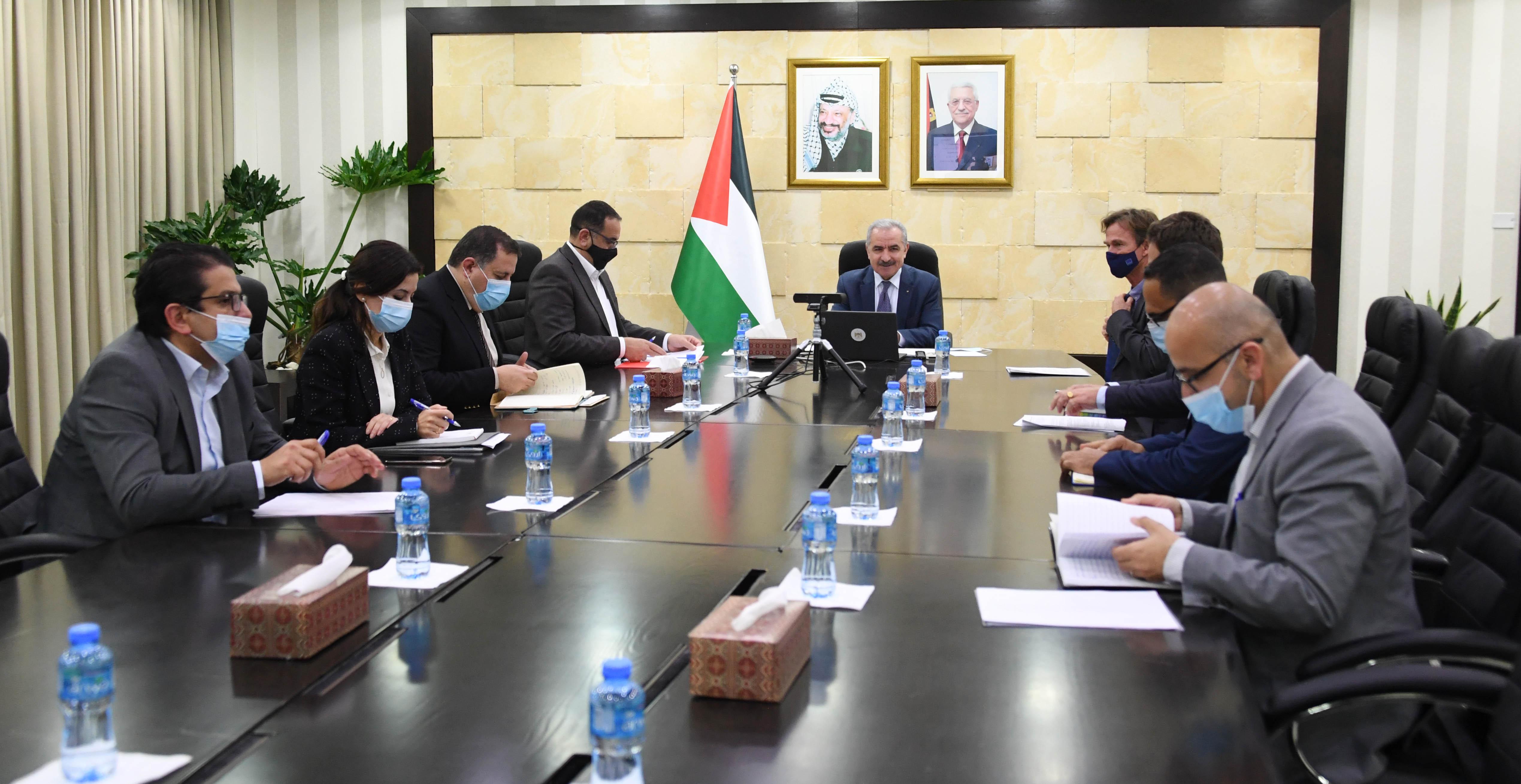 اشتية: تعهد قطري بتوفير 60 مليون دولار وأوروبي بتوفير 20 مليون يورو لإنشاء الخطوط الناقلة للغاز